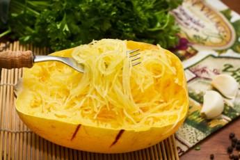 Recipe: Garlic & Olive Oil Spaghetti Squash