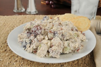 Recipe: Back to School Lunch – Creamy Chicken Salad